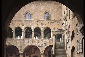 Nuovi allestimenti al Bargello. Si rinnova il Museo Archeologico di Manfredonia.
